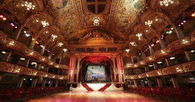 Noc divadel otevřela dveře scén návštěvníkům po celé republice