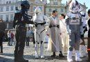 #maythefourth be with you! Prahou prošel průvod postav ze Star Wars