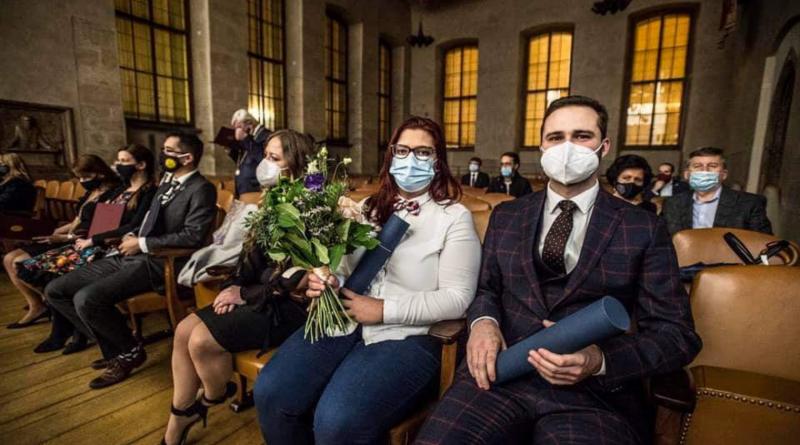 Univerzita Karlova ocenila překlad římského práva i přednášky o očkování